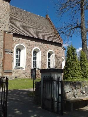 Gamla Uppsala kyrka exteriör