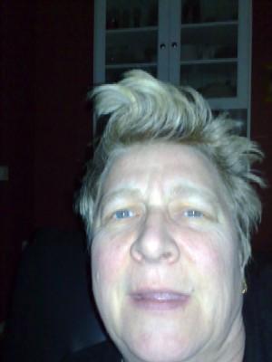 Tevänt hår