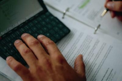 hand som skriver