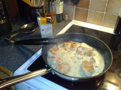 kelda, gorgo och kalkon i pannan