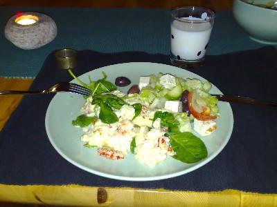 ostfrittata med kräftstjärtar