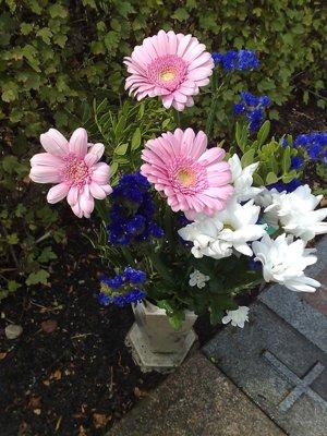 Blommor till graven