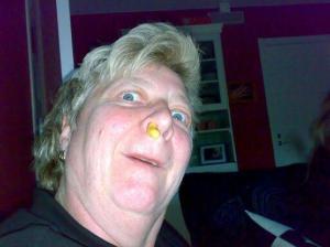 Ostbåge i näsan