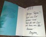 Birgitta har signerat min bok