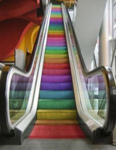 rulltrappa regnbåge