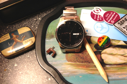 armbandsur Paavo Nurmi ask penna regnbågsknapp varuvagnsmynt