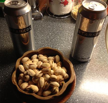 Öl och pistagenötter
