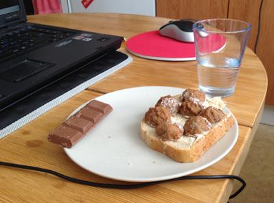 Köttbullemacka och choklad