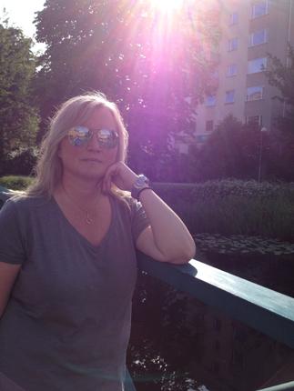 Anna i solen