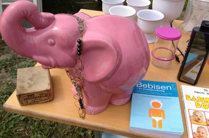 Rosa elefant o Bebisbok