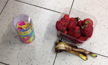 ballonger bananskal jordgubbar