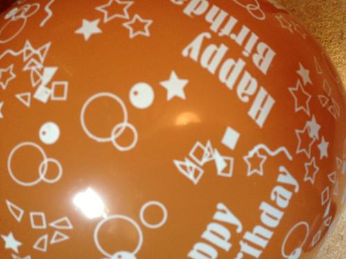 Happy birthday ballong orange