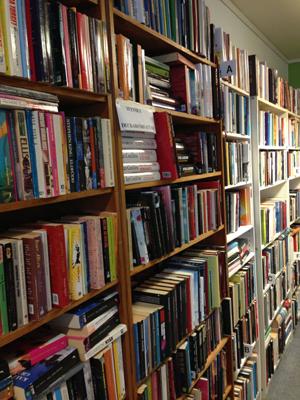 Böcker på Stadsmissionen