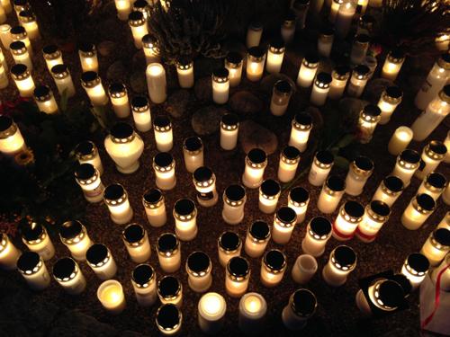 Ljus i Minneslunden Vaksala kyrka 2013