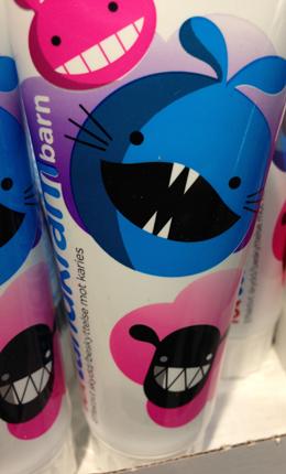 Tandkräm för barn m vassa tänder