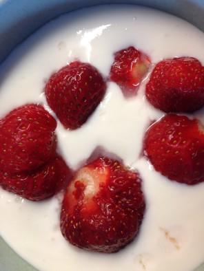Jordgubbar i frukostfilen