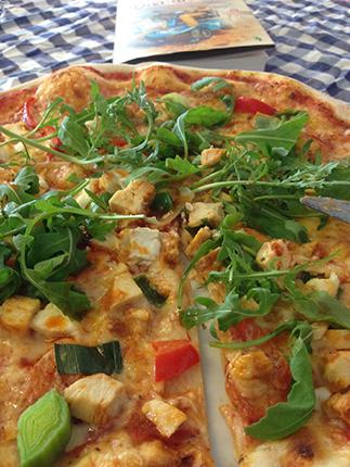 Pizza och bok