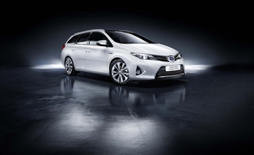 Toyota Auris Hybrid Sports