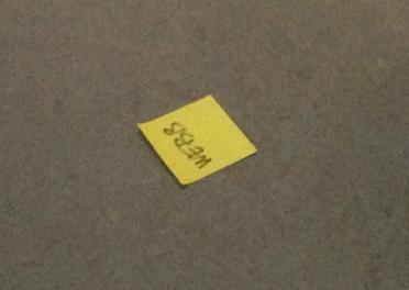 Webblapp på golvet