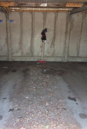 Skräpigt garage