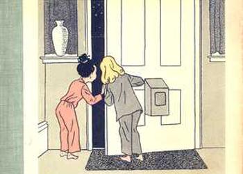 Två barn vid en dörr