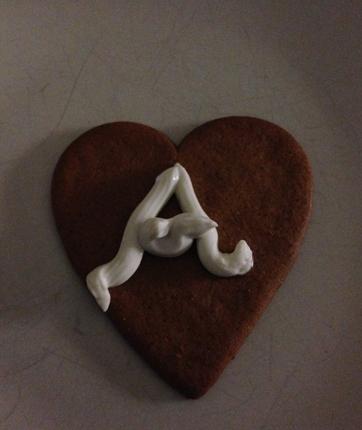 Pepparkakshjärta med A i ädelost