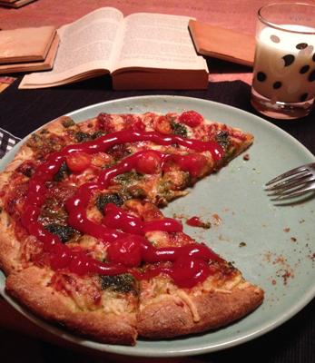 Pizza med mjölk o bok