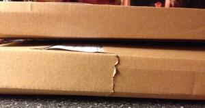 Två bruna paket