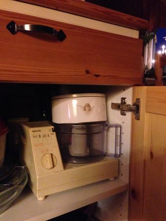 Ängelburk i köksskåp