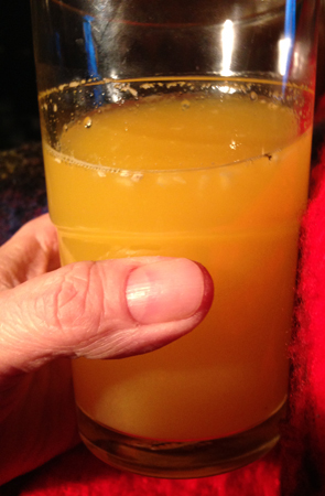 Färskpressad apelsinjuice