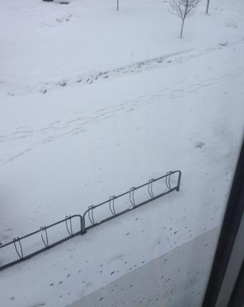 Snö utanför