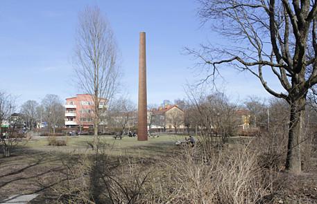 Bildmontage av Jan Svenungsson Den tionde skorstenen