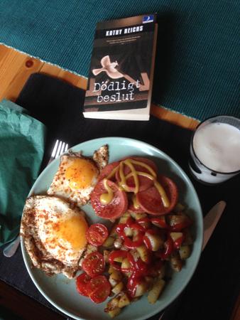 Dödligt beslut stekt korv potatis ägg och tomater
