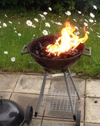 Grillen brinner