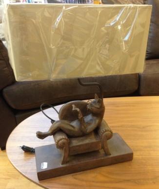 Kattlampan på Chilli med skärm 379 kr
