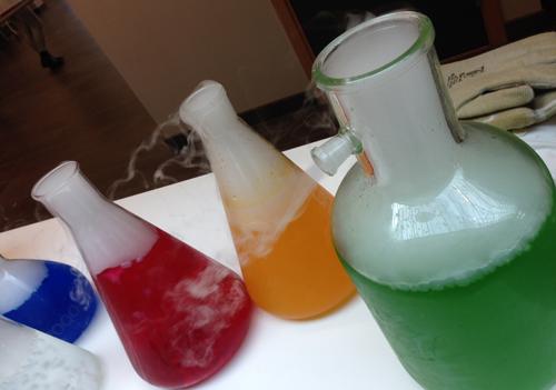 Labbprover i olika färger