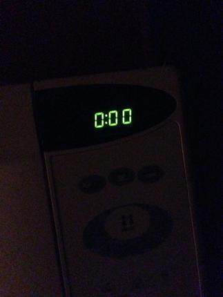Klockan på micron visar midnatt