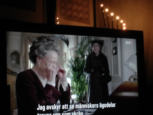 Tanterna på Downton Abbey på min TV