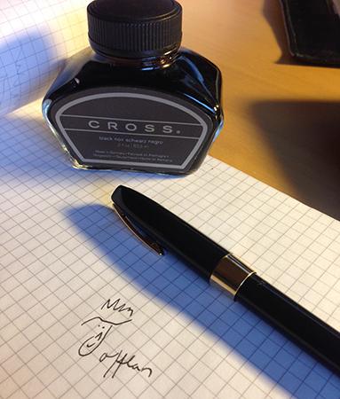 Bläck bläckpenna och Tofflans signatur