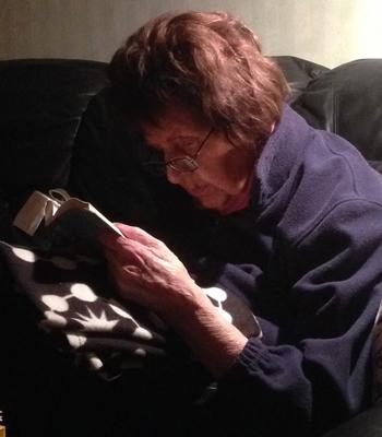 Mamma läser