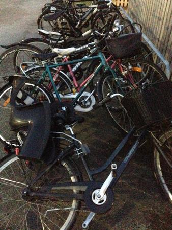 Omkullblåsta cyklar