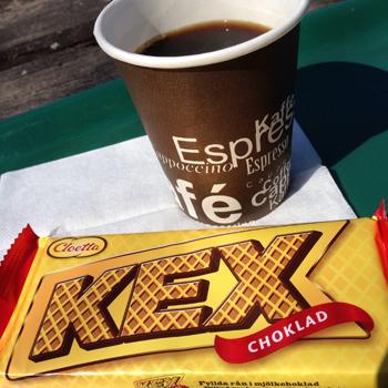 Kaffe o kexchoklad
