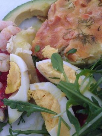 Ägg räkor grönsaker och paj